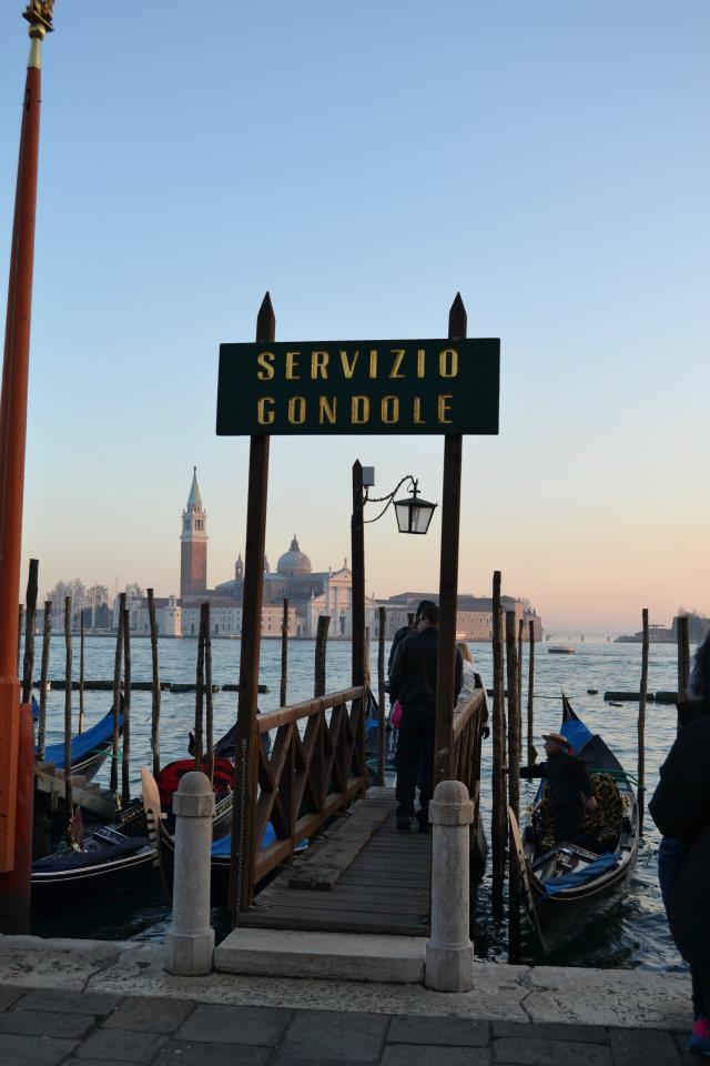 Venecia servicio góndola
