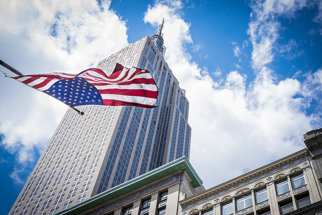 empire state bandera americana