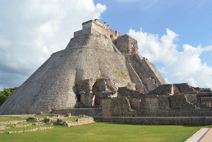 piramide-adivino.jpg